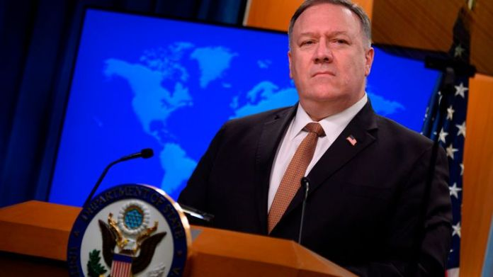 US Secretary of State Mike Pompeo speaks at a press conference at the State Department in Washington, DC, March 25, 2020. - The Ministers of Foreign Affairs of the Group of Seven Industrial Powers agreed on Wednesday during discussions that China was waging a campaign