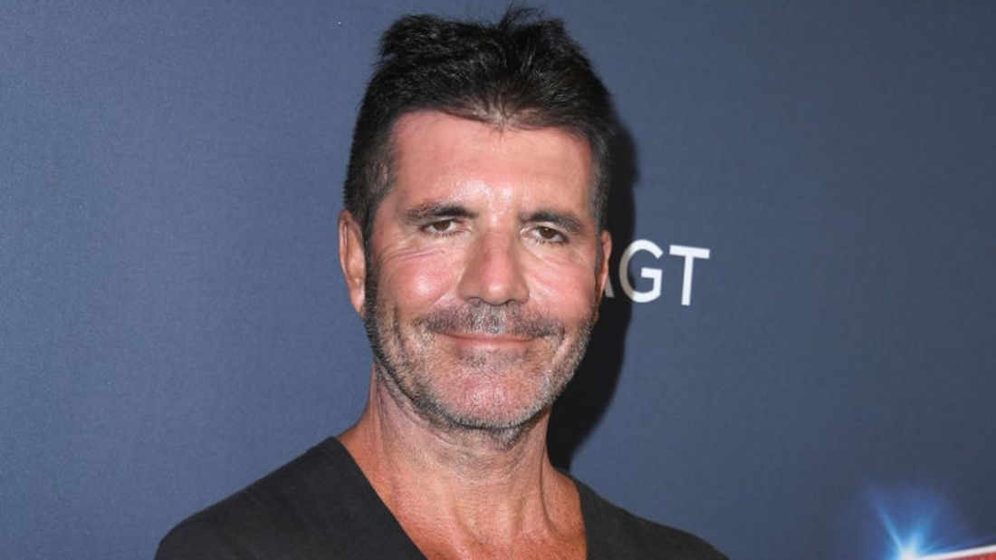 Simon Cowell breaks his back while testing electric bicycle thumbnail