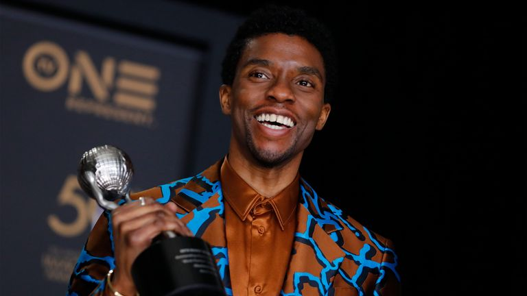 50th NAACP Image Awards – Photo Room – Los Angeles, California, U.S., March 30, 2019 – Chadwick Boseman poses backstage with his Outstanding Actor in a Motion Picture award for Black Panther. REUTERS/Mike Blake