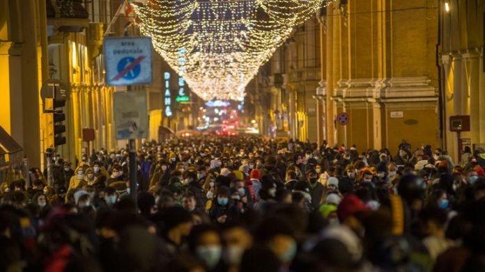 The streets of Bologna were crowded before the ban on travel between regions of Italy