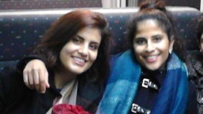 Loujain al-Hathloul (L) et sa sœur Lina al-Hathloul