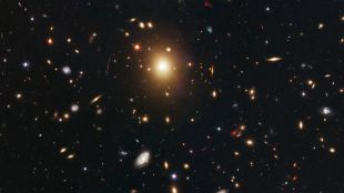 Missing supermassive black hole in the center of the distant galaxy surprises scientists    Science and Technology News