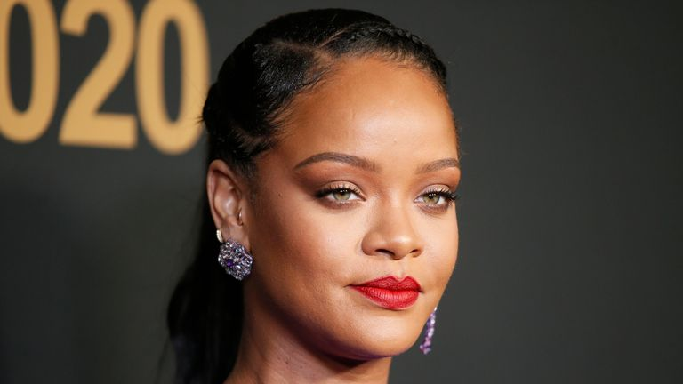 Rihanna - who has over 100 million Twitter followers - has shown her solidarity with protesting Indian farmers