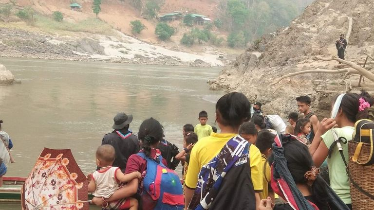 Many people have fled Karen State amid military fighting