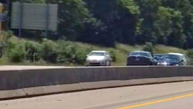 The moment before the crash. Pic: WKYT