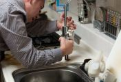 Jak by měla vypadat seriózní nabídka instalatérských služeb? Pan Žák a jeho kolegové to vědí