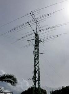 Antena HF Directiva y torreta