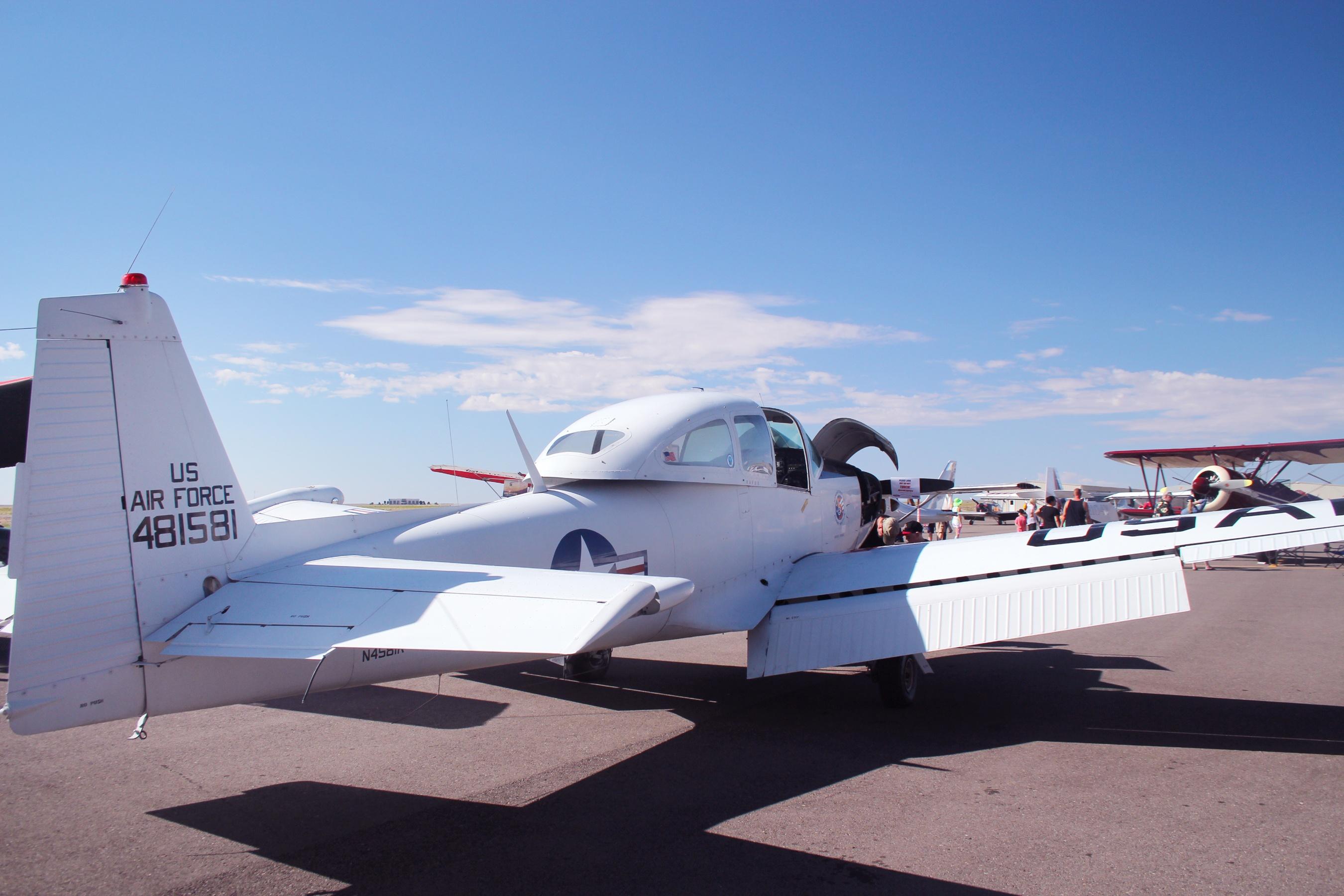 Best Warbird N481581