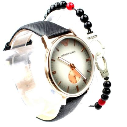 Montre Armani Noir avec Bracelet Menotte