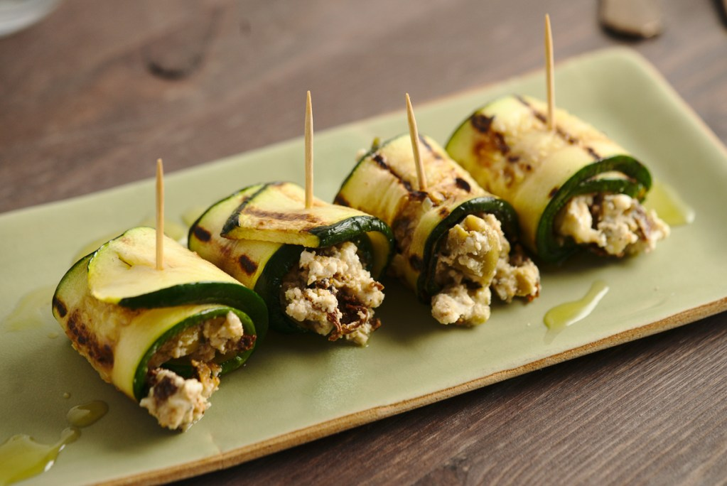 goat cheese grilled zucchini rolls featured image