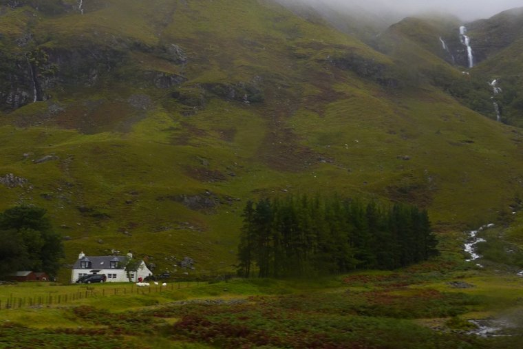 Scottish Highlands travel; Rabbie's West Highlands Tour; What to see in Scotland; Rabbie's Oban, Glencoe, Highland Lochs and Castles