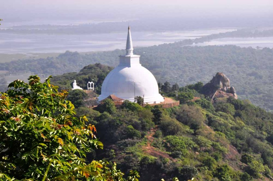 Maha Saya Stupa from the hilltop