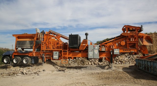 Minimize Costly Downtime While Crushing