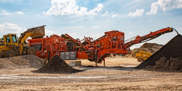 Powerful Portable Crushing Plants for C&D Recycling
