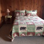 Cabin 11 - queen bed