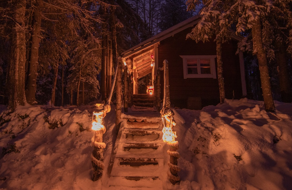 main picture of cabin