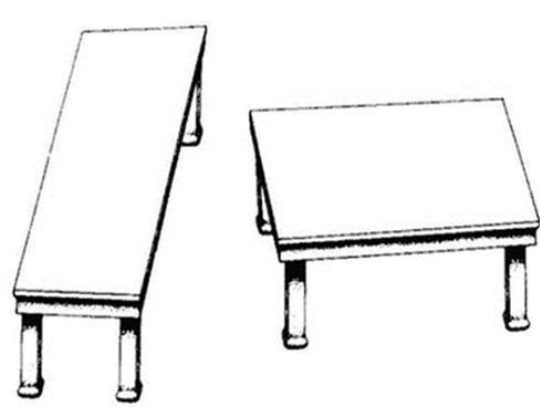 Dibuix de dues taules vistes des de dalt
