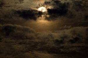 spooky-moon