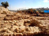 D.Peschel - Excavation works on Tel Rumeida hill - Hebron - 281214