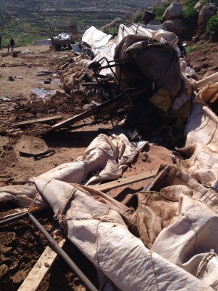 05.02. Rubble of demolished structures. Photo EAPPI: M Mowe