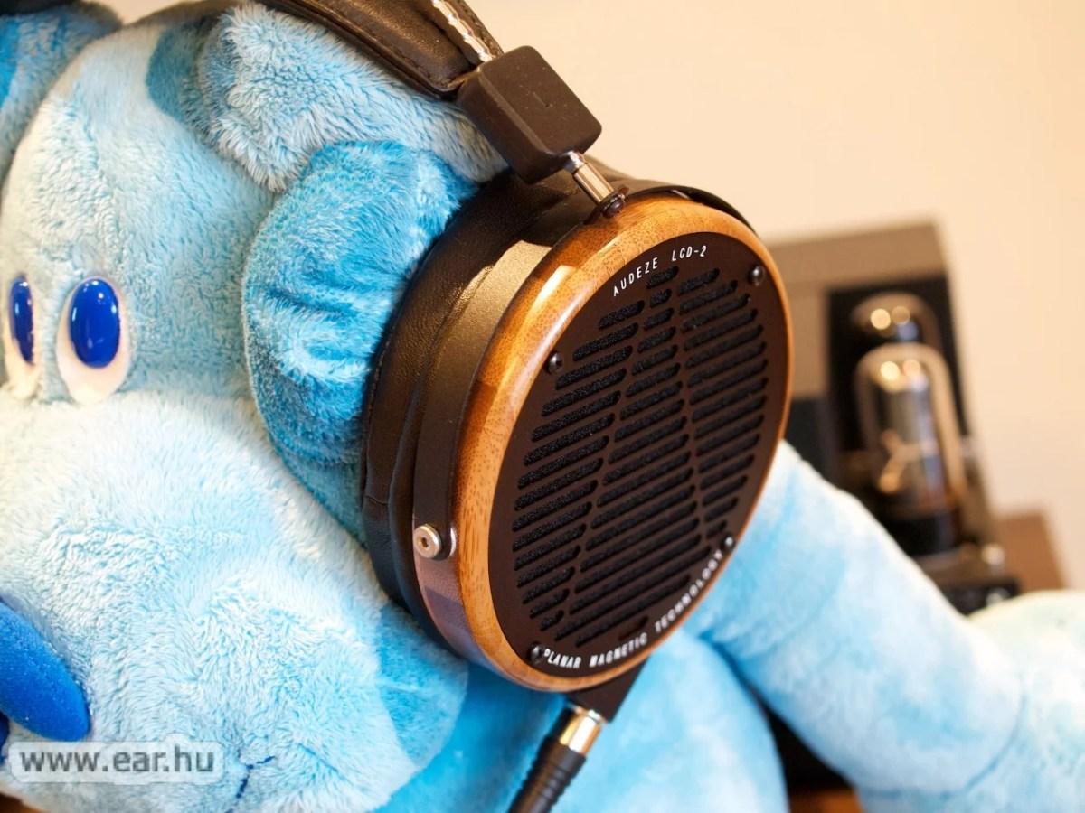 Az Audeze LCD-2 hallgatása nem csak olyan fejhallgatószüzeknek élmény, mint amilyen Kékkutya volt