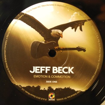 Jeff Beck - Emotion & Commotion