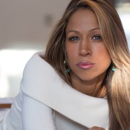 Stacey Dash Say's Bill Cosby Is A Perfect Gentleman, Defends Him Against Allegations