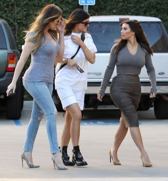 Kardashian Sisters Khloe, Kim & KYlie involved In Montana Car Crash Baby North Was Also In The Vehicle