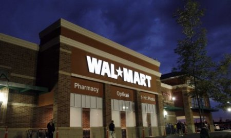 Wal-Mart Abruptly Closes 5 Stores, Laid Off Thousands Without Notice & No One Knows Why