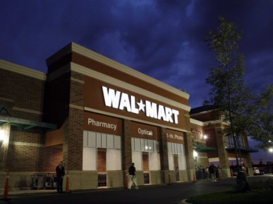 Wal-Mart Abruptly Closes 5 Stores, Laid Off Thousands & No One Knows Why