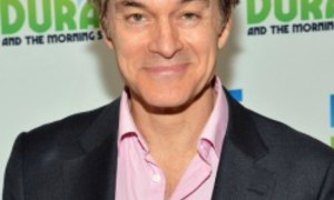 Dr. Oz Saved A Woman's Life Who Passed Out In Florida Mall