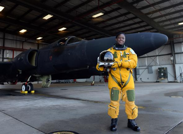 Bronx Native Becomes First African-American Woman U-2 Pilot In U.S History