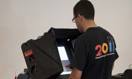 Voters In North Carolina Are Reporting Voting Machines Switching Their Vote To GOP Candidates
