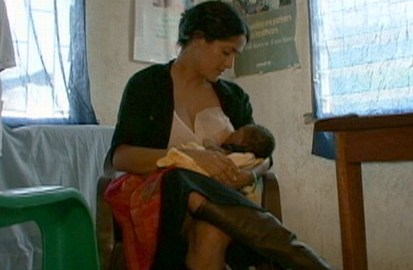 Actress Salma Hayek Breastfeeds A Hungry African Baby In Sierra Leone