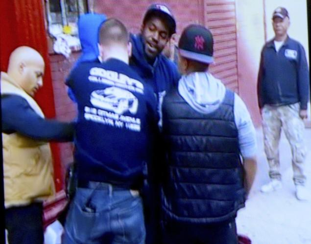 NYPD Arrest Black US Postal Worker For Yelling At Them After They Almost Hit His Mail Truck
