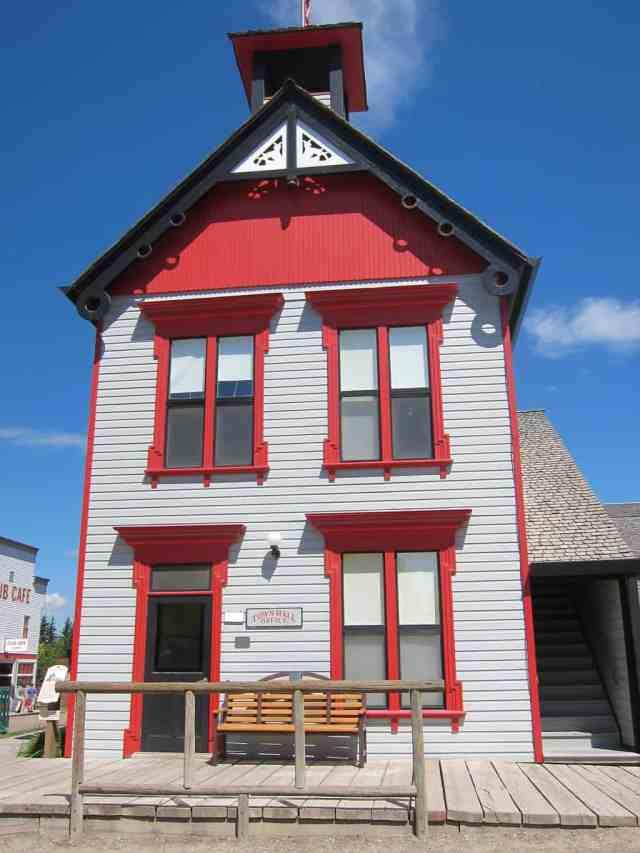 calgary town hall heritage park