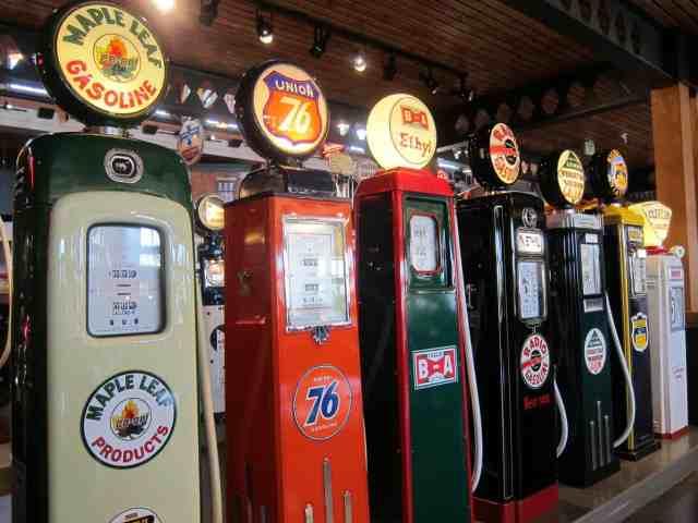 oil pump heritage park calgary