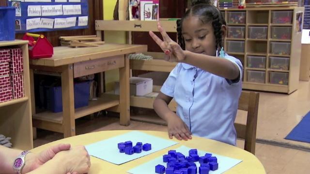 EMTR010-1 teaching kids math