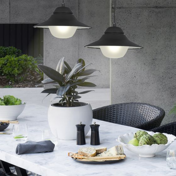 Easy ways to make your alfresco a bug-free zone with the Telford Pendant