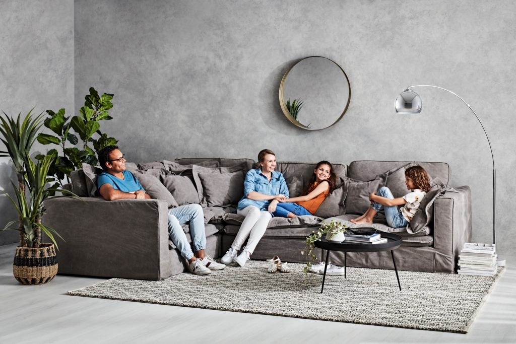 How to Choose the Right Sofa for Your Space with the Slouch