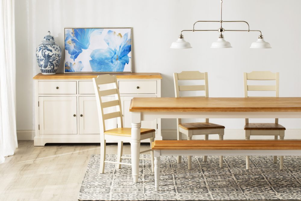 The Modern Hamptons Haven dining room
