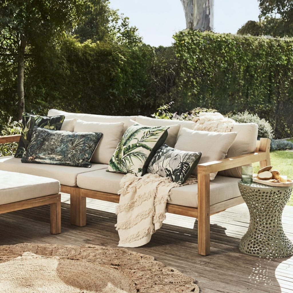 Buyer's Picks in Outdoor Furniture 2021/22 with the Serenity sofa