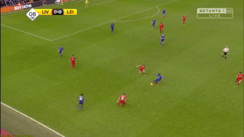 Kante attacking the loose ball.