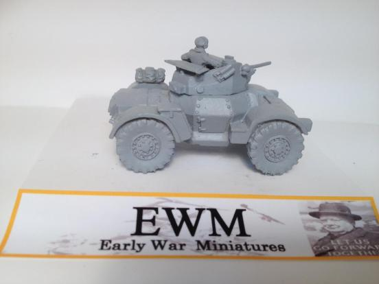 Damiler Armoured car + 2 crewman optional spare wheel + stowage