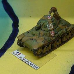 Hotchkiss H35 Tank with tank Crewman