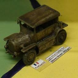 Latil KTL4 Tractor for 105mm Model 1913 gun