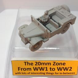 Latil Field car with Driver, LMG and rifle.