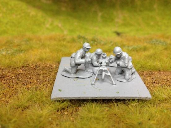 Model 97 81mm mortar with 3 crew and ammo box