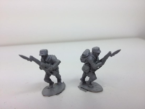 2 Infantry - Attacking positions with Bayonets fixed
