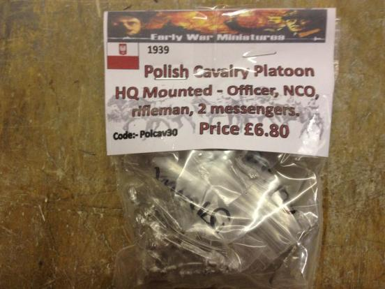Polish Cavalry Platoon HQ Mounted - Officer, NCO, rifleman + 2
